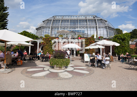 Berlin Botanical Gardens (Botanischer Garten) Cafe in front of the Great Pavilion (Das Große Tropenhaus) one of - Stock Photo