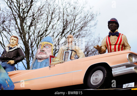 Figure of James Dean by pink Cadillac, Aladdin's Cave Junk shop and reclamation yard, Lewisham way, London - Stock Photo