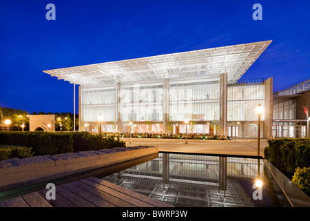 Art Institute Chicago, Illinois, Renzo Piano - Stock Photo