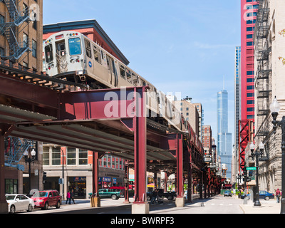 Elevated train in the loop, Chicago, Illinois - Stock Photo