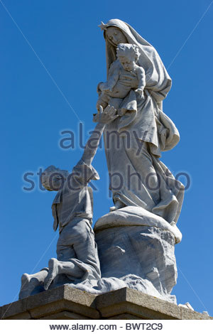 Pointe du Raz - Cap Sizun - Statue of Notre Dame des Naufrages - Finistère - Brittany (Bretagne) - France - Stock Photo