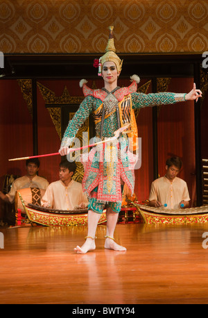 classical Thai dancer performing in Bangkok, Thailand - Stock Photo