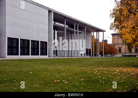 Exterior of the Pinakothek der Moderne museum of arts in Munich - Stock Photo