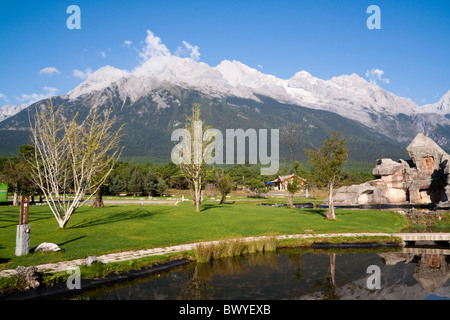 Jade Dragon Snow Mountain (Yulong Xueshan Mountain or Mt Satseto) - Stock Photo