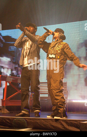 N-Dubz performing at the Reading Hexagon - Stock Photo