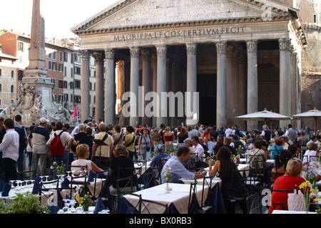 restaurant on Piazza delle Rotanda in front of the pantheon in Rome, Roma, Italy - Stock Photo