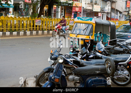 Traffic on the streets of Bhopal in India - Stock Photo