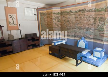 Room inside Sunjeong Hyo Empress Yun's parents home, Namsangol folk village, Seoul, South Korea - Stock Photo