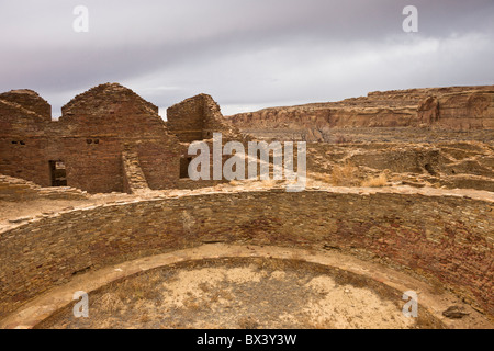 Anasazi Kiva at Pueblo Del Arroyo in The Chaco Culture National Historic Park in Chaco Canyon, New Mexico USA. - Stock Photo