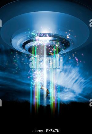 UFO human abduction, conceptual artwork - Stock Photo