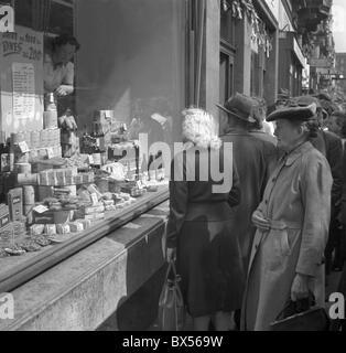 shopping, shop window, price, - Stock Photo