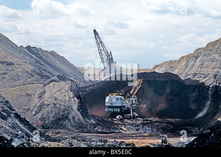 Coal Surface Mine, Bucyrus Electric shovel excavating from coal seam, - Stock Photo