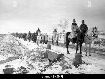 events, First World War / WWI, Balkans, Macedonia, German, supply column in the winter, circa 1916, Additional-Rights - Stock Photo