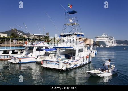 Fishing boats on the Malecon, Acapulco City, State of Guerrero, Mexico, North America - Stock Photo