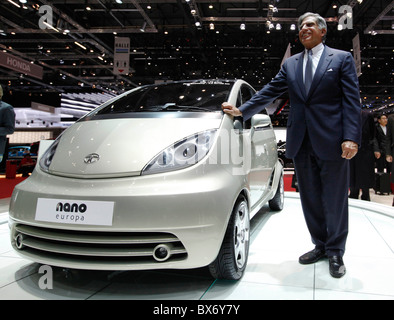 Ratan Naval Tata, Tata Nano, car - Stock Photo