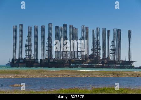 Offshore oil rigs at the Baku Bay, near Baku, Azerbaijan, Central Asia, Asia - Stock Photo
