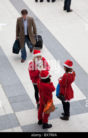 LONDON, ENGLAND - Santacon London 2010, Liverpool Street Station - Stock Photo