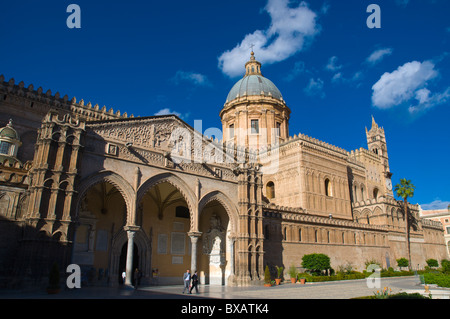 Palazzo Reale dei Normanni palace at Piazza Indipendenca square Palermo Sicily Italy Europe - Stock Photo
