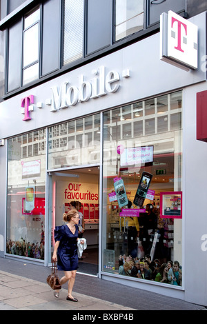 T-Mobile offers in London and other featured catalogues