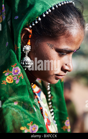 Gadia Lohar. Nomadic Rajasthan teenage girl. India's wandering blacksmiths. India - Stock Photo
