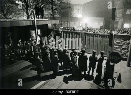 geography / travel, Germany, GDR, politics, monday demonstration in the evening, storming of the Stasi headquarter, - Stock Photo