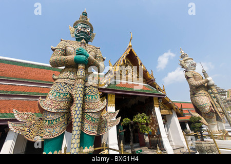 Thotkhirithon, demon guardian figure (Yaksha) at Wat Phra Kaew on the grounds of The Grand Palace in Bangkok, Thailand. - Stock Photo