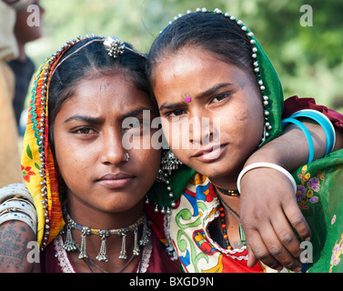Gadia Lohar. Nomadic Rajasthan teenage girls. India's wandering blacksmiths. India - Stock Photo