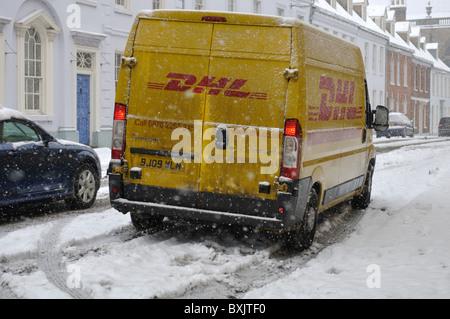 dhl parcel delivery van in park lane london stock photo royalty free image 25200231 alamy. Black Bedroom Furniture Sets. Home Design Ideas