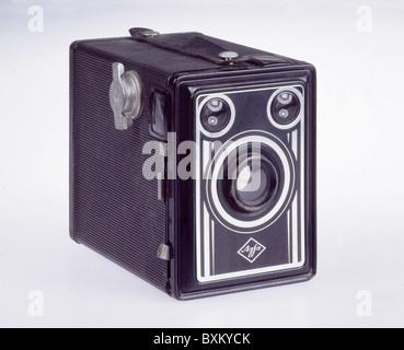 photography, cameras, Agfa Box, Germany, circa 1950, 1950s, 50s, 20th century, historic, historical, black metal - Stock Photo