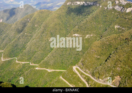 Cliffs and sinuous road at Serra do Rio do Rastro, Lauro Muller, Santa Catarina, Brazil - Stock Photo