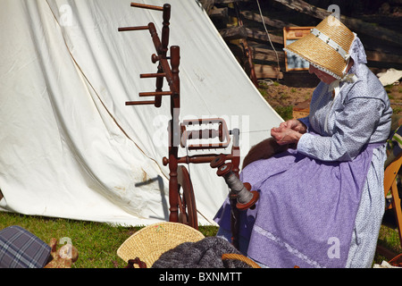 A reenactment of Confederate camp followers at historic Blenheim, Fairfax, Virginia. - Stock Photo