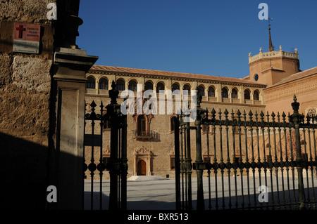 Renaissance facade of the  Archiepiscopal Palace  (16 th CE ) ALCALA DE HENARES Madrid SPAIN - Stock Photo