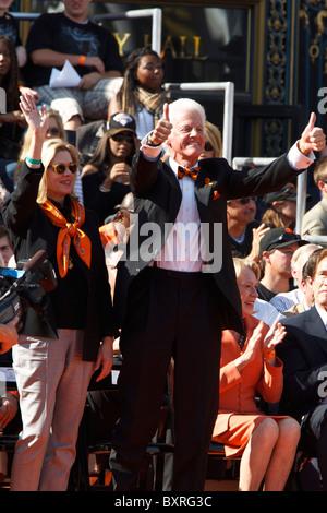 San Francisco, CA, USA;  San Francisco Giants owner representative William Neukom his wife Sally - Stock Photo