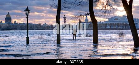 Flooding, 10-JAN-2007, Neva river, Saint-Petersburg, Russia - Stock Photo