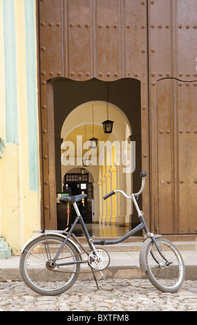 TRINIDAD: BIKE PARKED OUTSIDE CONVENT OF ST FRANCISCO - Stock Photo
