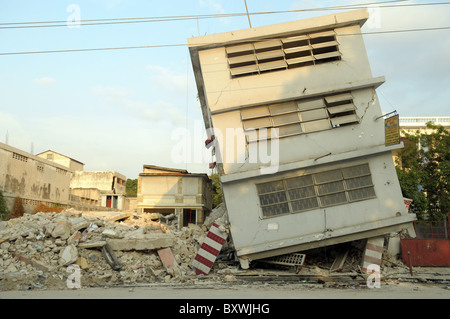 Buildings are devastated in central Port au Prince after the Haiti earthquake - Stock Photo