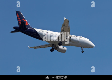 An airbus A319 of the Belgian airline Brussels Airways - Stock Photo