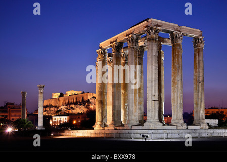 The Temple of Olympian Zeus in the 'blue' hour with Acropolis in the background. Athens, Greece - Stock Photo