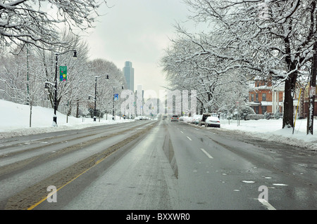 The empty streets of Albany after winter snow storm. - Stock Photo