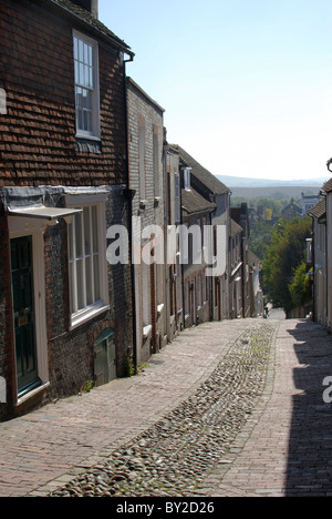Steep cobblestone street known as Keere Street. Lewes. East Sussex. England - Stock Photo