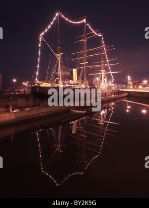 RRS Discovery, Dundee - Stock Photo