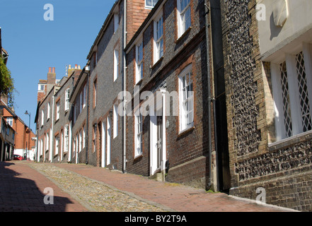 Steep cobblestone street known as Keere Street. Lewes. East Sussex. England. - Stock Photo