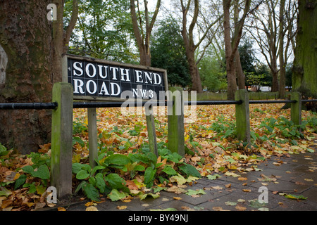A South End Road street sign in NW3, London. - Stock Photo