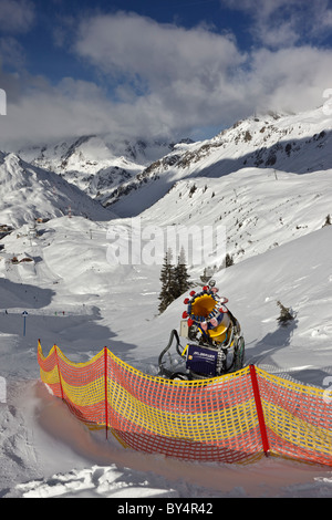 A snow making machine at the side of the piste above St Christoph near St Anton am Arlberg - Stock Photo