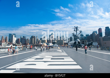 The Aircraft Carrier 'Intrepid', Sea-Air-Space Museum, New York City - Stock Photo