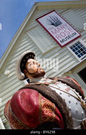 England Hampshire Portsmouth Historic Naval Dockyard Statue of Tudor King Henry VIII outside Mary Rose Museum of - Stock Photo