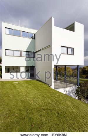 Weissenhof museum le corbusier house by architects le for Villas weissenhofsiedlung