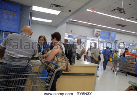 Miami Florida Wal-mart Walmart Shopping Customer Service Desk ...