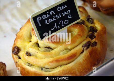 Pain au raisin - Stock Photo