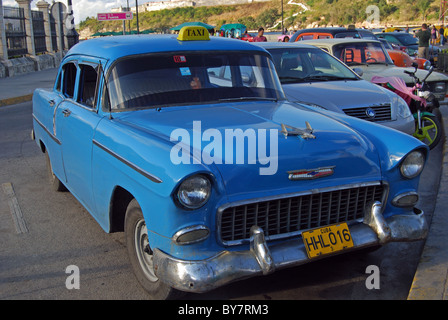 Old American Chrysler car being used as a taxi, Havana (Habana), Cuba, Caribbean. - Stock Photo
